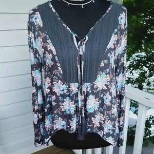 NWT- Volcolm Flowy Floral Peasant top